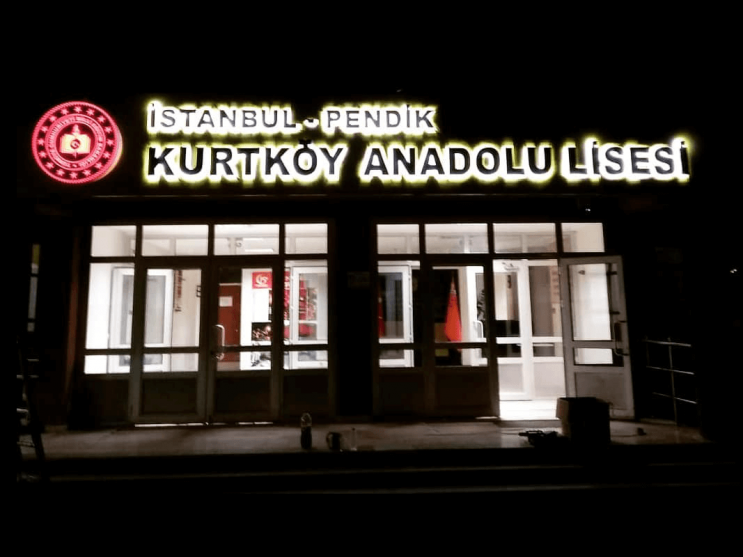 Kurtköy Anadolu Lisesi Işıklı Tabela Çalışması